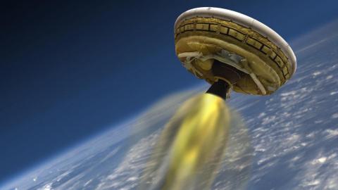 """""""Чужие"""" забрали её на орбиту Земли в своем корабле. Женщина была поражена увиденным на борту НЛО"""