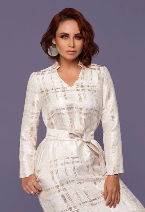 Костюмы и платья нежных цветов в новой коллекции Ляйсан Утяшевой
