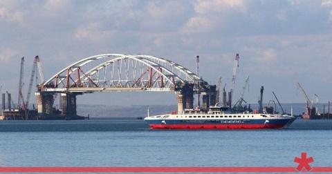 """Мост в Крым предложили назвать """"Президентским"""""""