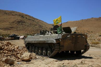 Сирийские войска при участии Хезболлы отбили у ИГ часть приграничной территории