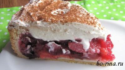 Пирог с яблочно-сливовым пудингом