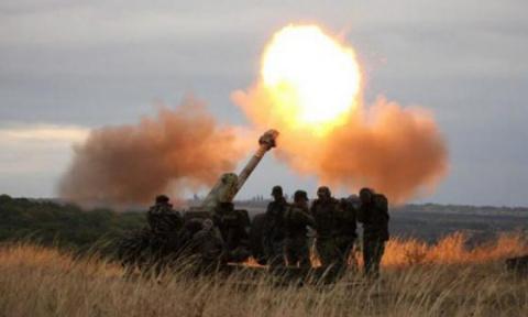 Вооруженные силы Украины подвергли многочисленным обстрелам Горловку и Докучаевск