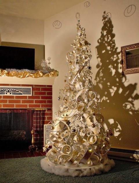 Подборка креативных новогодних ёлок, сделанных своими руками
