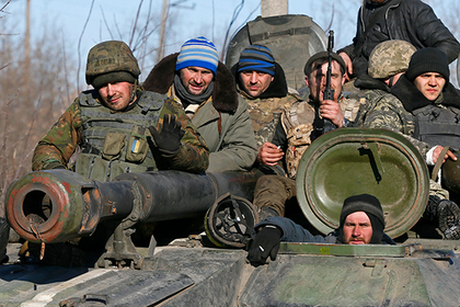 Украинские танкисты грозятся намотать ополченцев на гусеницы