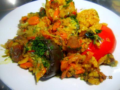 Овощи  Фаршированные Рисом  в  мясе.