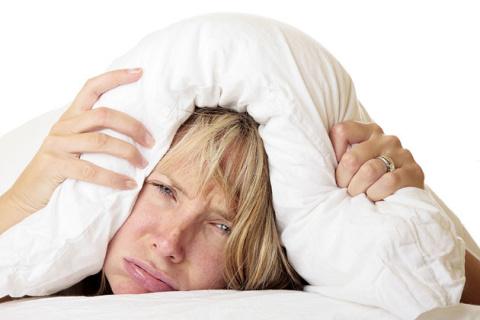 Почему наши мысли не дают нам уснуть