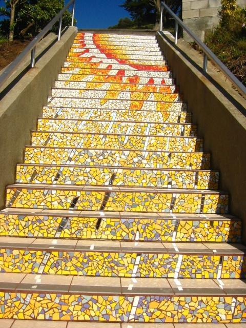 Потрясающая мозаичная лестница в Сан-Франциско