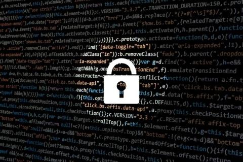 США обвинили Россию в кибера…