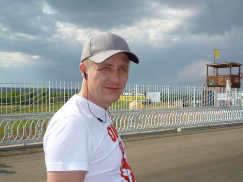 Артем Маренников