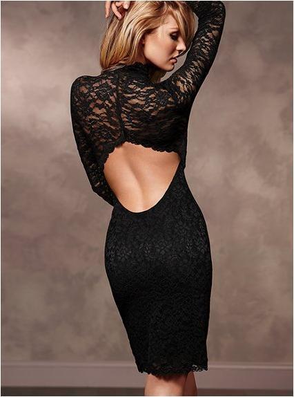 Кто застегнет маленькое черное платье одинокой девушке