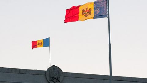 Молдавия высылает пятерых ро…