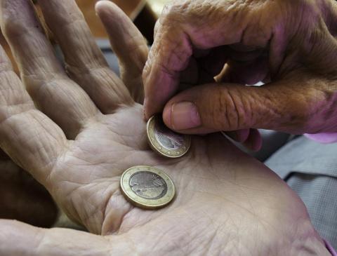 А Латвия все богаче и богаче? Просто нищий народ на фоне богатеньких «буратино»