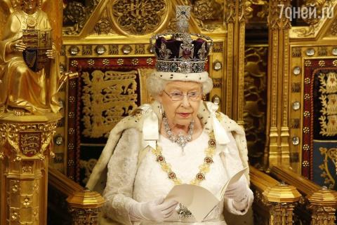 Елизавета II обновила свой п…