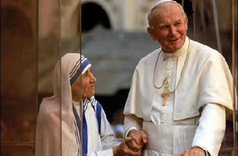 Беззаветное служение людям, Богу или Ватикану? Спорные деяния Матери Терезы