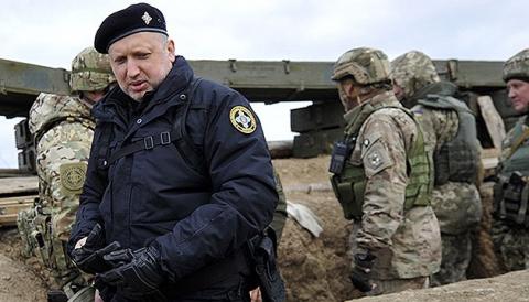 Турчинов обещает появление у Украины собственных РСЗО уже в следующем году