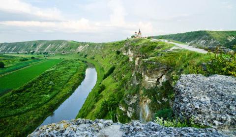 Молдова в ТОП-10 мест для по…