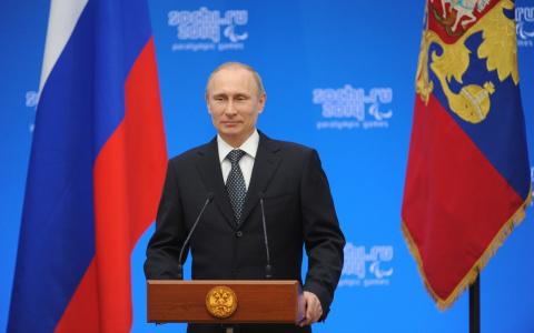 Почему не меняют Путина? На …