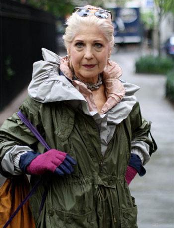"""Цвет хаки — как носить его женщинам возраста """"за 50""""?"""