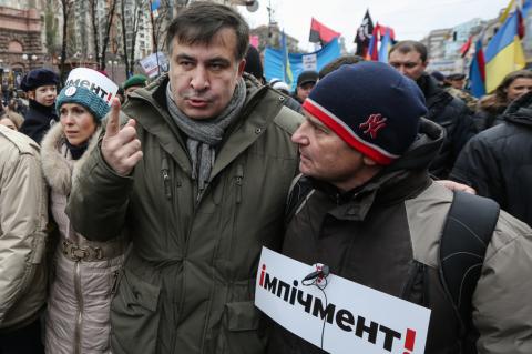 Саакашвили пробегал недолго. Задержали