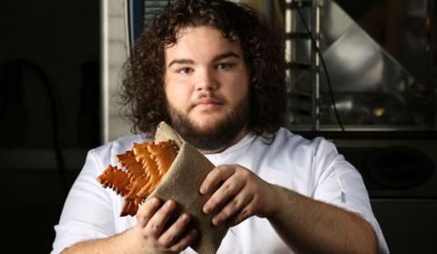 Актер из «Игры престолов» открыл пекарню, в которой продает пряники в форме лютоволка