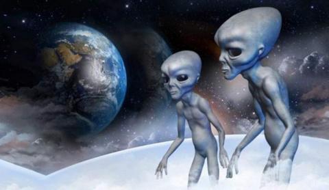 Российский и американский спутники столкнули инопланетяне?