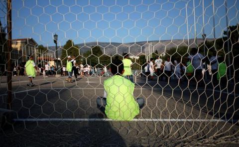 В Румынии остановили грузовик набитый нелегалами