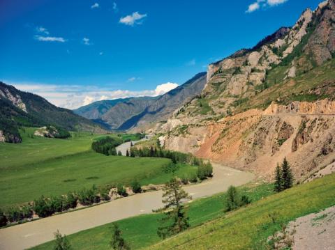 В топ-10 самых красивых доро…