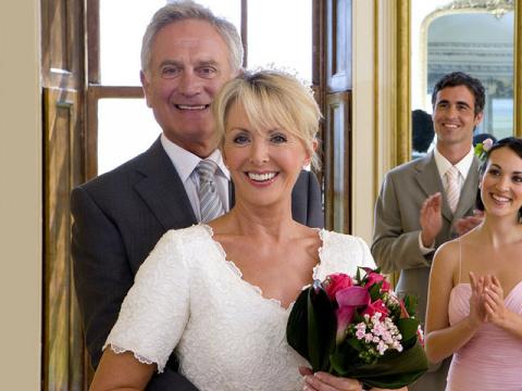 Любовь после 40 —  чем опасен негативный багаж прошлых отношений?