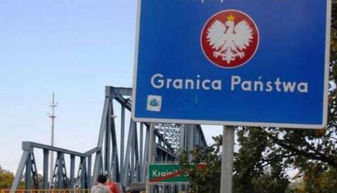 Нам уже хватит украинцев: Польша хочет закрыть пешеходный пункт пересечения границы с Украиной