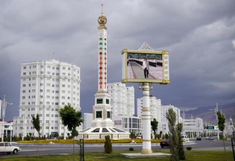 Туркменистан после СССР: Чем живёт самая богатая из бывших советских республик