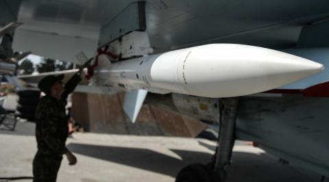 «Всеми силами разведки»: в Минобороны России заявили о ликвидации склада ударных беспилотников в Сирии
