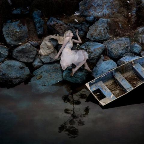 Сюрреалистический мир и загадочные женщины-стихии Трини Шульц