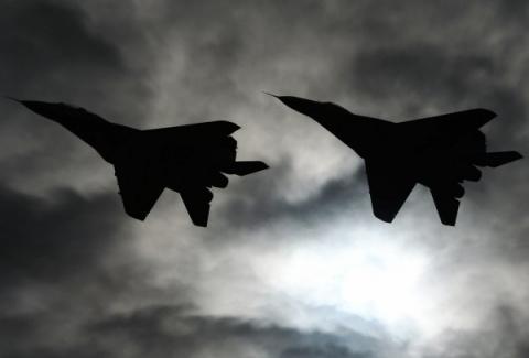 """Российский Су-27 """"отогнал"""" истребитель НАТО от самолёта Шойгу над Балтикой"""