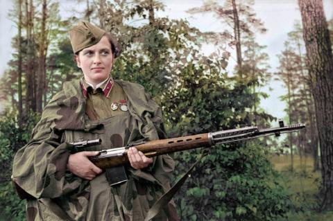 Женщины снайперы - гроза нем…