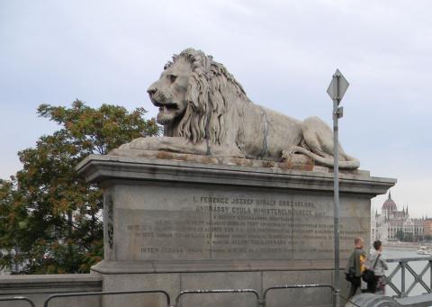 Будапешт - Париж на Дунае