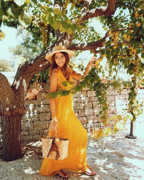 Желтый цвет в летней уличной моде: модные образы в желтом цвете