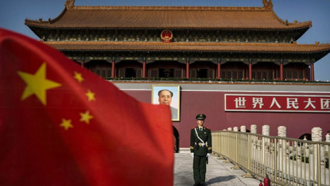 Китайская угроза: выпуск бондов упал до минимума
