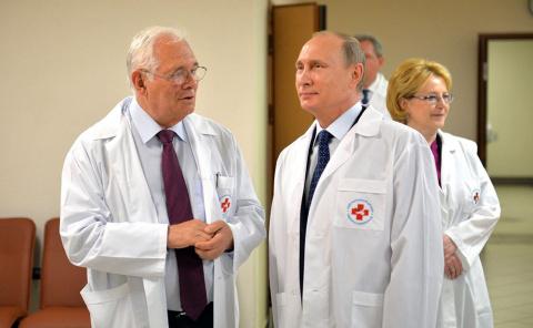 Путин как выдающийся хирург.…