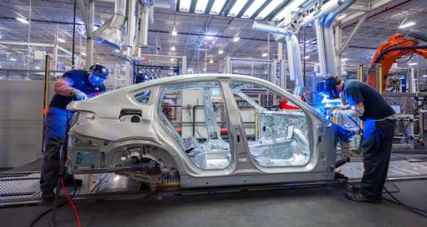 BMW построит в России завод …