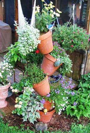 Плантация для сада из цветочных горшков. Фото мастер-класс