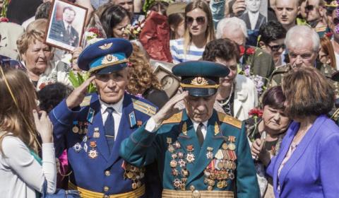 Обезумевший Киев издевается над 94-летним ветераном