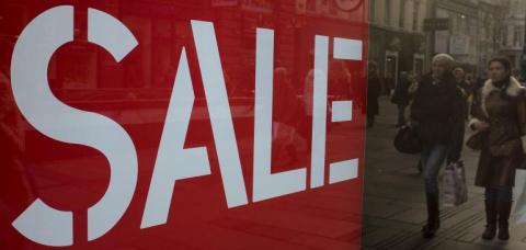 Татарских продавцов мебели оштрафовали за слово «sale»