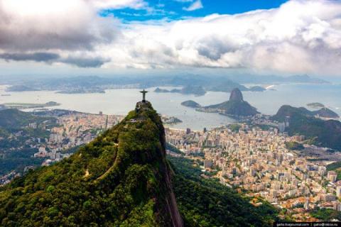 Рио-де жанейро с высоты: от фавел до статуи Христа