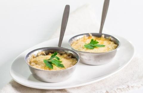 Жульен из кабачков с сыром и чесноком