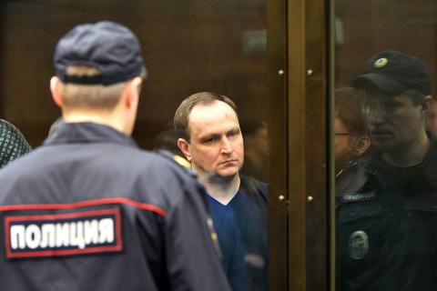 Экс-главе антикоррупционного главка МВД Сугробову дали 22 года колонии