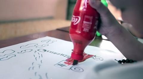 Coca-Cola превращает пустые бутылки в предметы повседневной необходимости