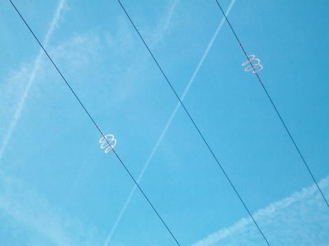 Зачем эти спирали а небе?