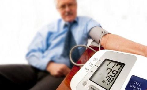 Низкое давление — как повысить, причины, признаки и симптомы пониженного давления