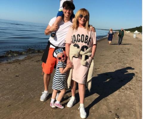 Алла Пугачева экстренно покидает Юрмалу