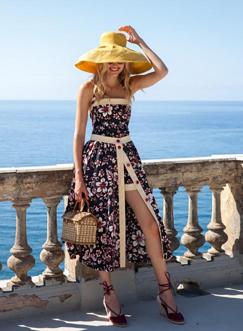 Место под солнцем: 23 шикарных образа для пляжного гардероба